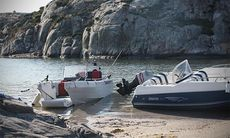 Felförtöjd båt blev grannfejd – kopplar in kronofogden