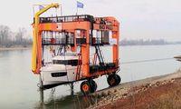 TV: Här anländer båtarna till mässan på ett udda sätt
